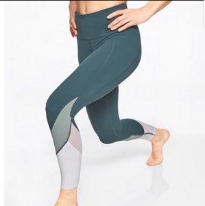 Athleta Powervita colorblock tights